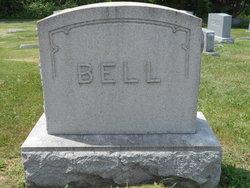 Nelle <i>McCracken</i> Bell