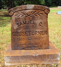 Samuel C Cruseturner