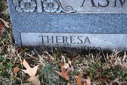 Theresa <i>Pfisterer</i> Asmussen