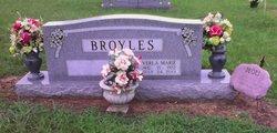 Verla Marie <i>Bumbalough</i> Broyles