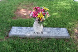 Estella Mary <i>Kramer</i> Roeder