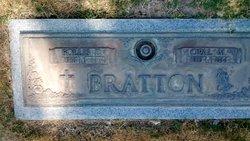 Follis Dee F D Bratton