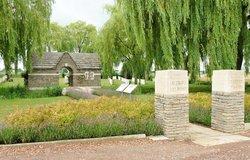 Le Trou Aid Post Cemetery, Fleurbaix