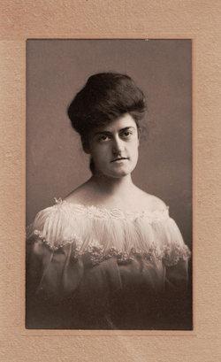 Grace L Monnett