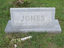 Betty Lou <i>Bray</i> Jones