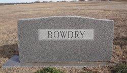 William J Bowdry, SR