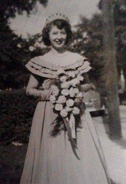 Eleanore Dorothy <i>Staudt</i> Hose