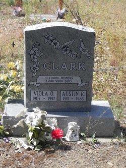 Viola O Clark