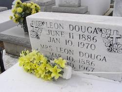 Leon Douga
