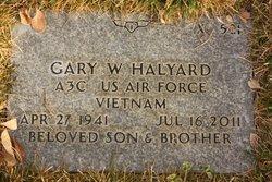 Gary W Halyard