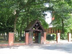 Coppenhall, St. Michael Churchyard