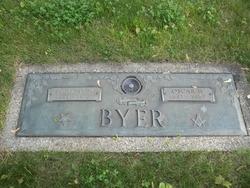 Oscar W Byer