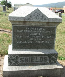Sarah Jane <i>Rowe</i> Shields