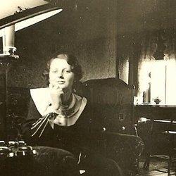 Dorothy E <i>Piercy</i> Smith