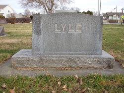 Doris Evelyn <i>Fouch</i> Lyle