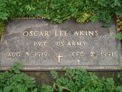 Oscar Lee Akins