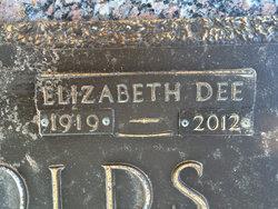 Elizabeth Dee <i>Kyle</i> Reynolds