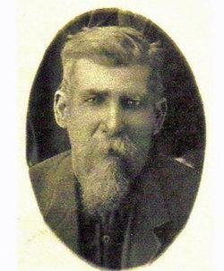 James W Cravens