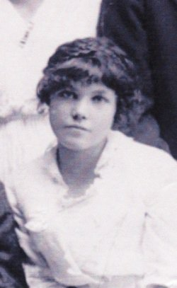 Gilda Jane <i>Hatch</i> Bates