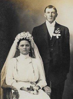 Hilda Elsie <i>Hofheinz</i> Wackerhagen