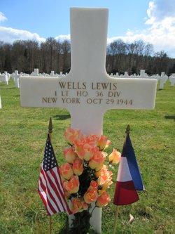 1Lt Wells Lewis
