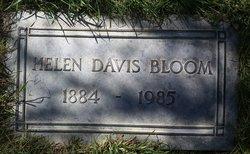 Helen <i>Davis</i> Bloom